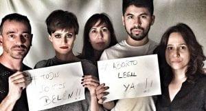 Activistas apoyando aborto legal. El caso de Belén, aborto en Argentina